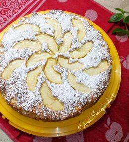 Torta di mele speciale, morbida e delicata