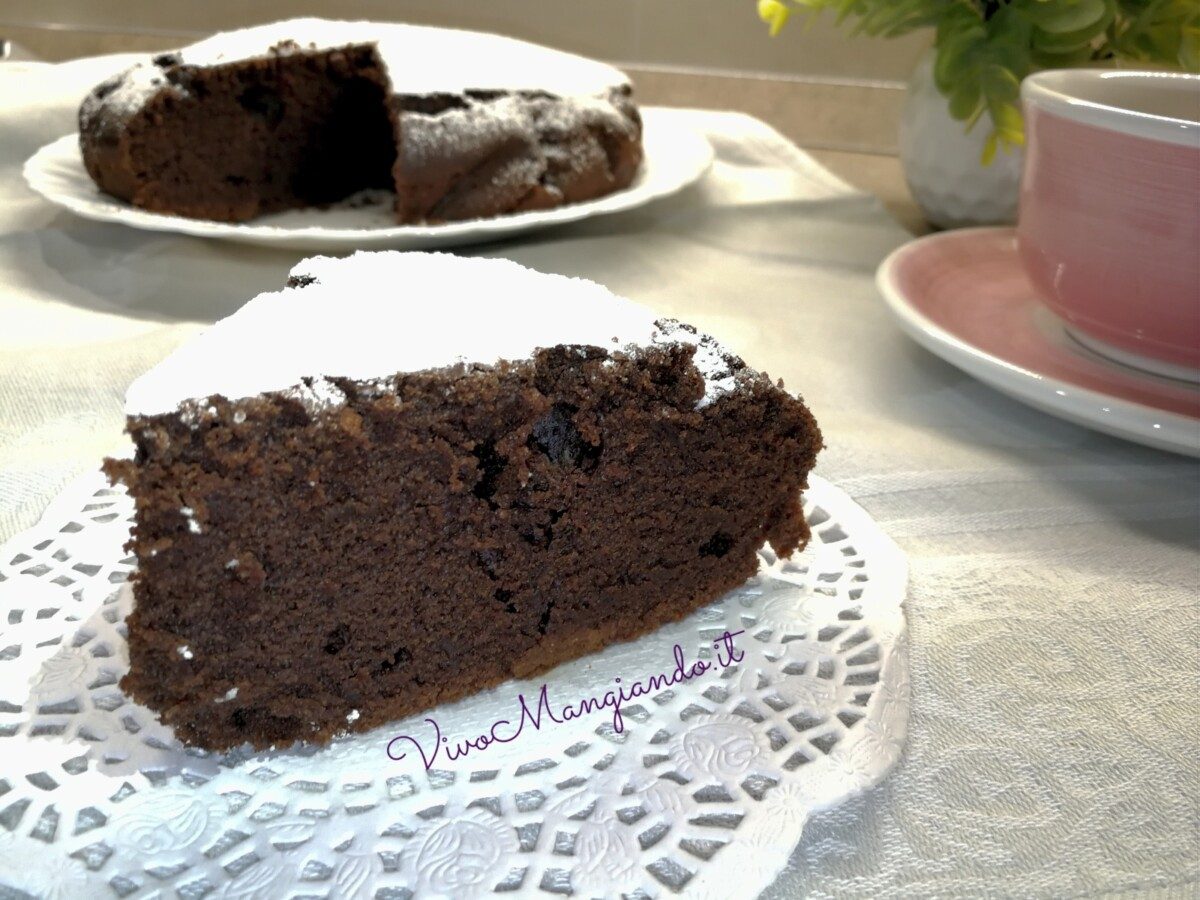 torta soffice all'acqua e cacao