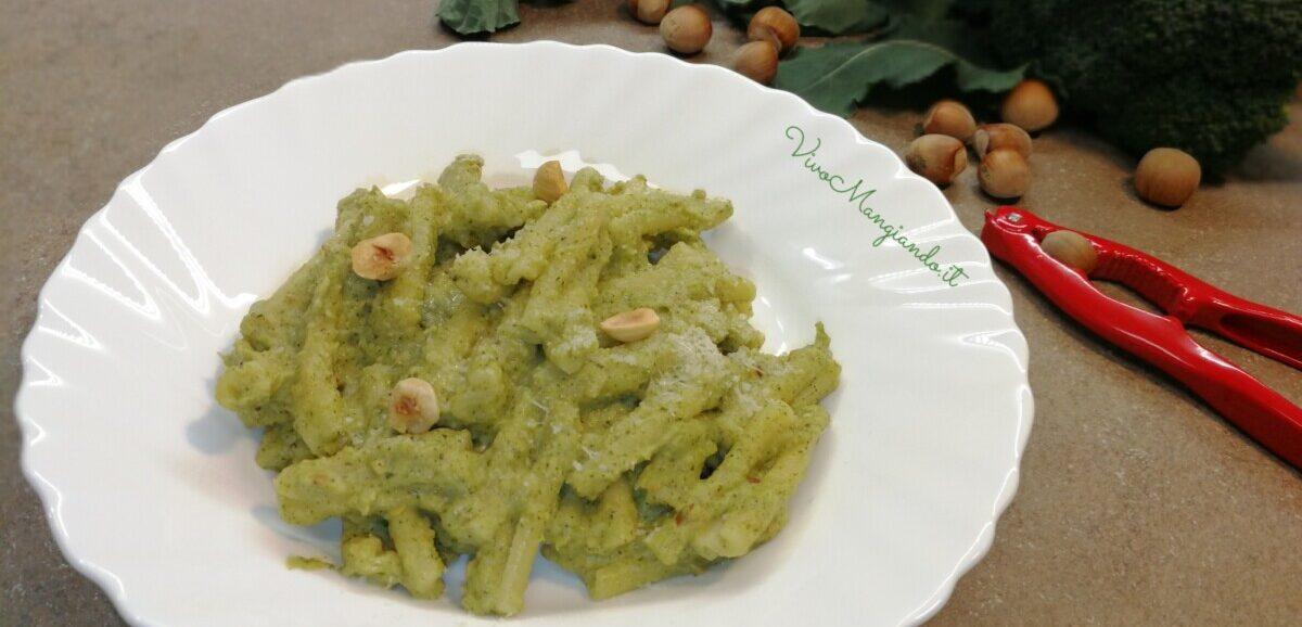 pasta crema di broccoli e nocciole